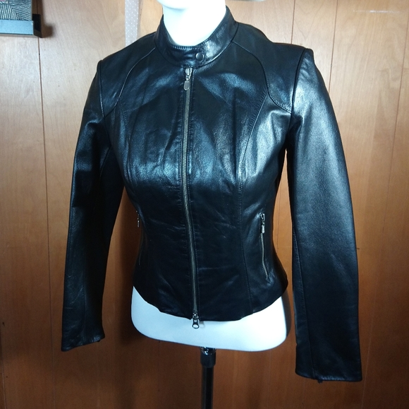 Danier Jackets & Blazers - DANIER LEATHER MOTO JACKET SIZE-P SMALL